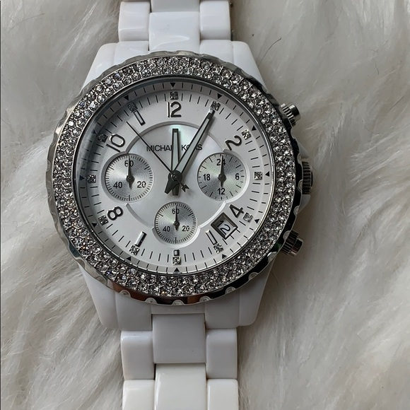 Almost new MK white&silver watch with crystals